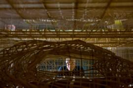 """Il nuovo centro congressi all'Eur di Roma, soprannominato la """"Nuvola"""", dell'architetto Massimiliano Fuksas - 19 luglio 2016 (AP Photo/Domenico Stinellis)"""